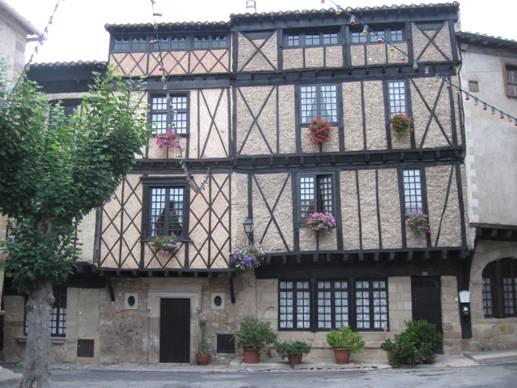 Appunti di viaggio francia del sud for Piani casa del sud della louisiana